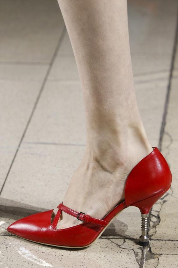 На фото: модные туфли 2015 Miu Miu