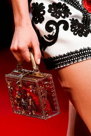 Маленькая модная сумка весна лето 2015 от Dolce & Gabbana