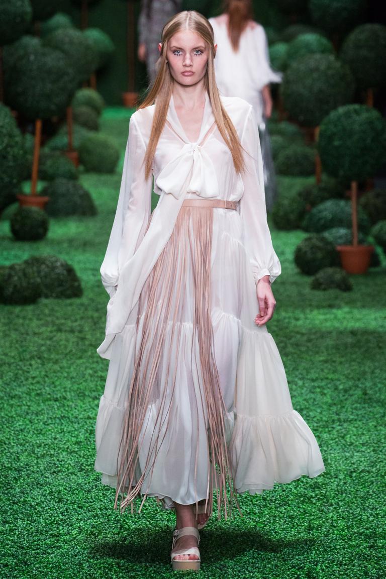 Длинная пышная модная юбка весна лето – фото новинка в коллекции Alena Akhmadullina