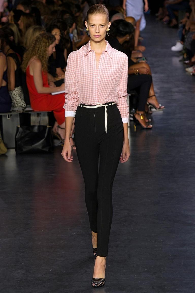 Модная розовая блузка в клетку весна-лето Altuzarra