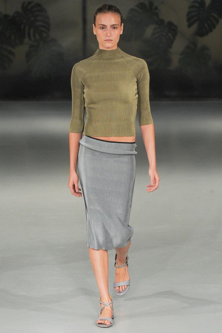 Модная серая длинная юбка — фото новинка в коллекции Barbara Casasola