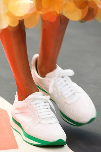 Burberry белые кеды - мода 2015