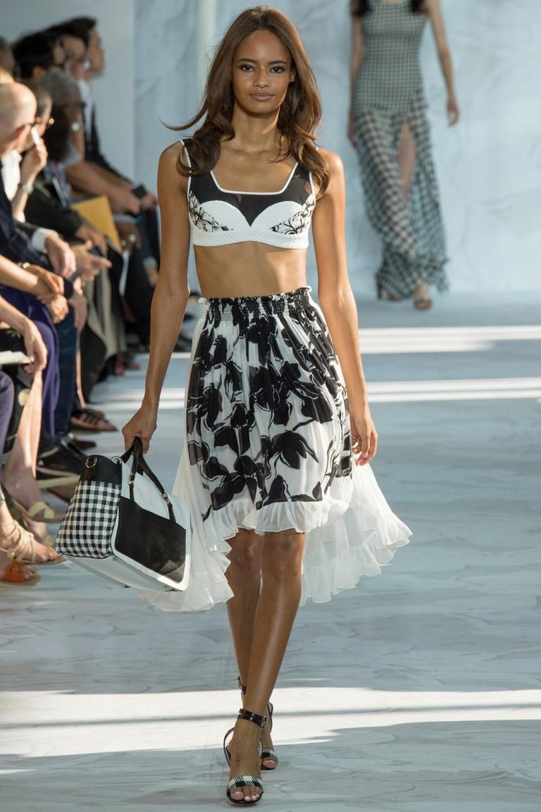 Пышная модная юбка весна-лето — Diane von Furstenberg с коротким модным топом