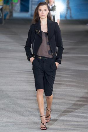 Модные длинные шорты-бриджи весна лето 2015 - Anthony Vaccarello