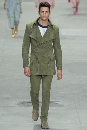 Зеленый мужской костюм 2015 – Chanel