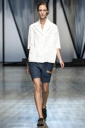 Длинные джинсовые шорты мода весна лето 2015 - Damir Doma