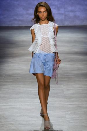 Кружевная модная футболка весна лето 2015 с широкими шортами – Rebecca Minkoff