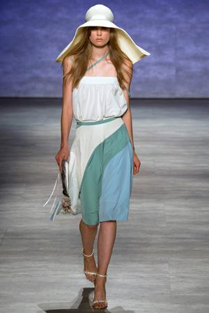 Летняя футболка мода весна лето 2015 с длинной модной юбкой – Rebecca Minkoff