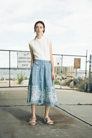 Длинная модная голубая джинсовая юбка весна лето 2015 – Sea