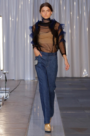 Широкие джинсы с завышенной талией весна лето 2015 – Toga
