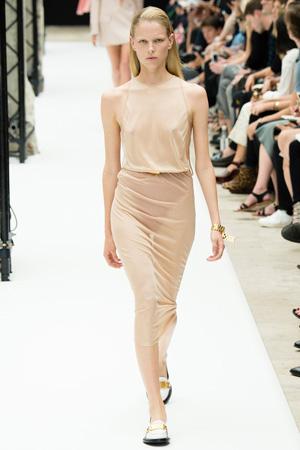 Модное длинное бежевое платье 2015 - Acne Studios