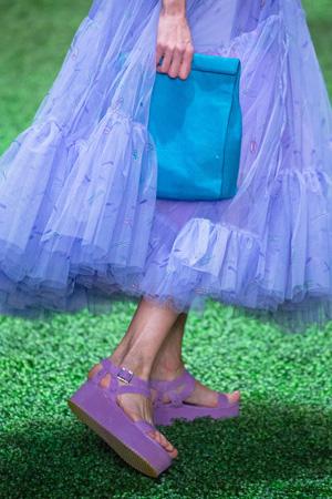 Фиолетовые модные босоножки 2015 на платформе - Alena Akhmadullina