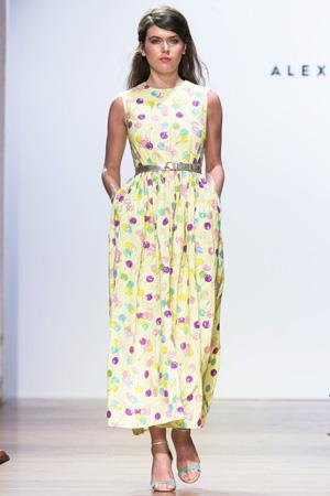 Длинное платье с шариками весна лето 2015 Alexander Terekhov
