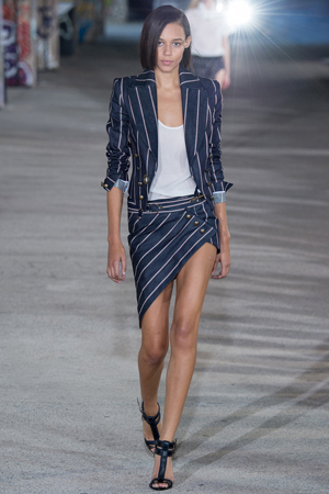 Модный пиджак в полоску весна лето 2015 Anthony Vaccarello