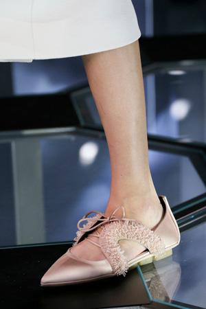 Закрытые модные розовые босоножки 2015 – Balenciaga весна лето 2015