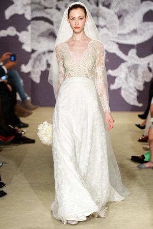Свадебное платье Carolina Herrera весна лето 2015 с полупрозрачным верхом и средней по пышности юбкой