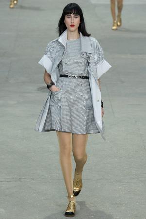 Платье в полоску Chanel 2015 с пиджаком в полоску