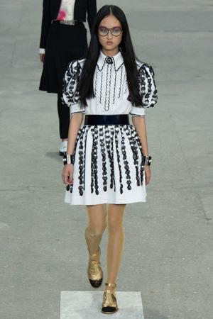 Модное платье Шанель весна лето 2015