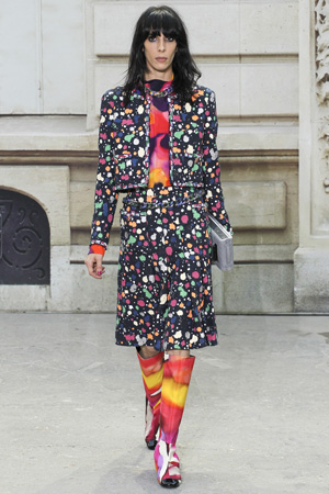 Расклешенные модные шорты 2015 с жакетом весна лето Chanel