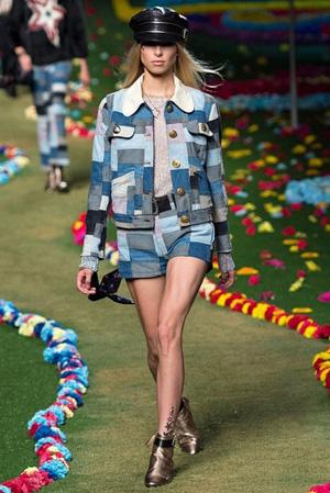 Короткая джинсовка с джинсовыми шортами весна лето 2015 Tommy Hilfiger