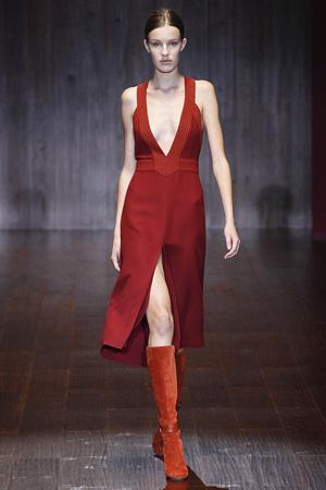 Темно-красное платье Gucci