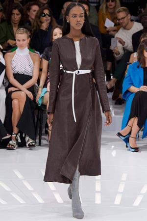 Коричневый кожаный плащ весна лето Christian Dior