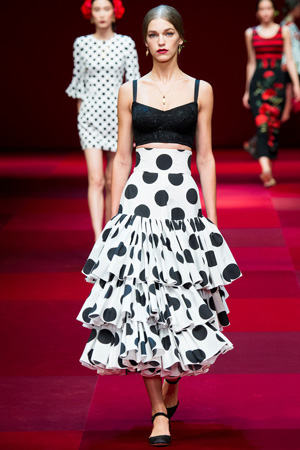 Длинная юбка с коротким топом – мода весна лето 2015 Dolce & Gabbana