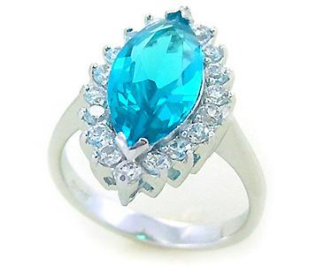 Голубой камень аквамарин фото