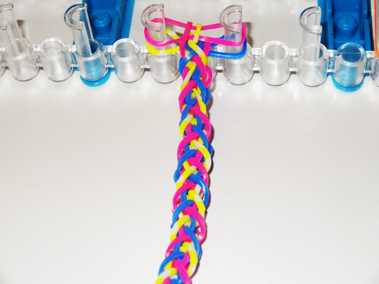 Мастер-класс: плетение браслета Французская коса на станке