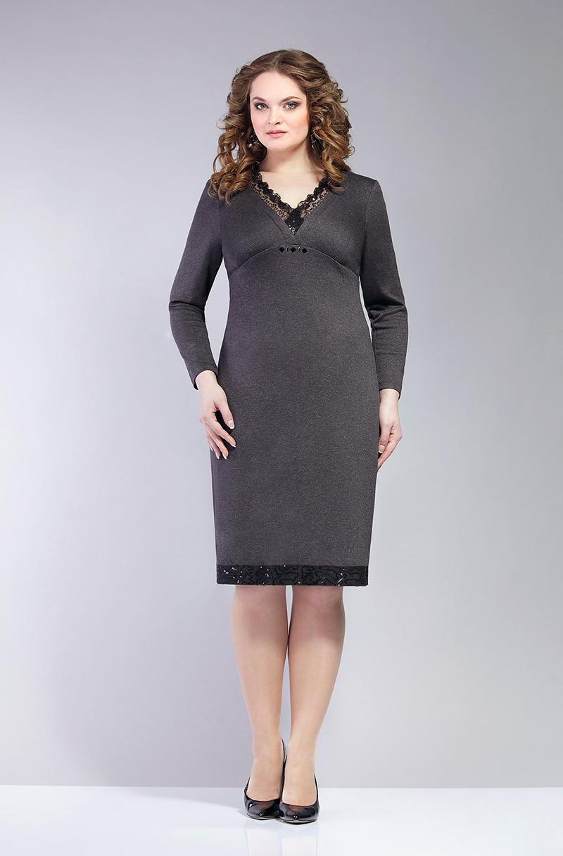 Приталенное платье для полных женщин – фото новинки сезона