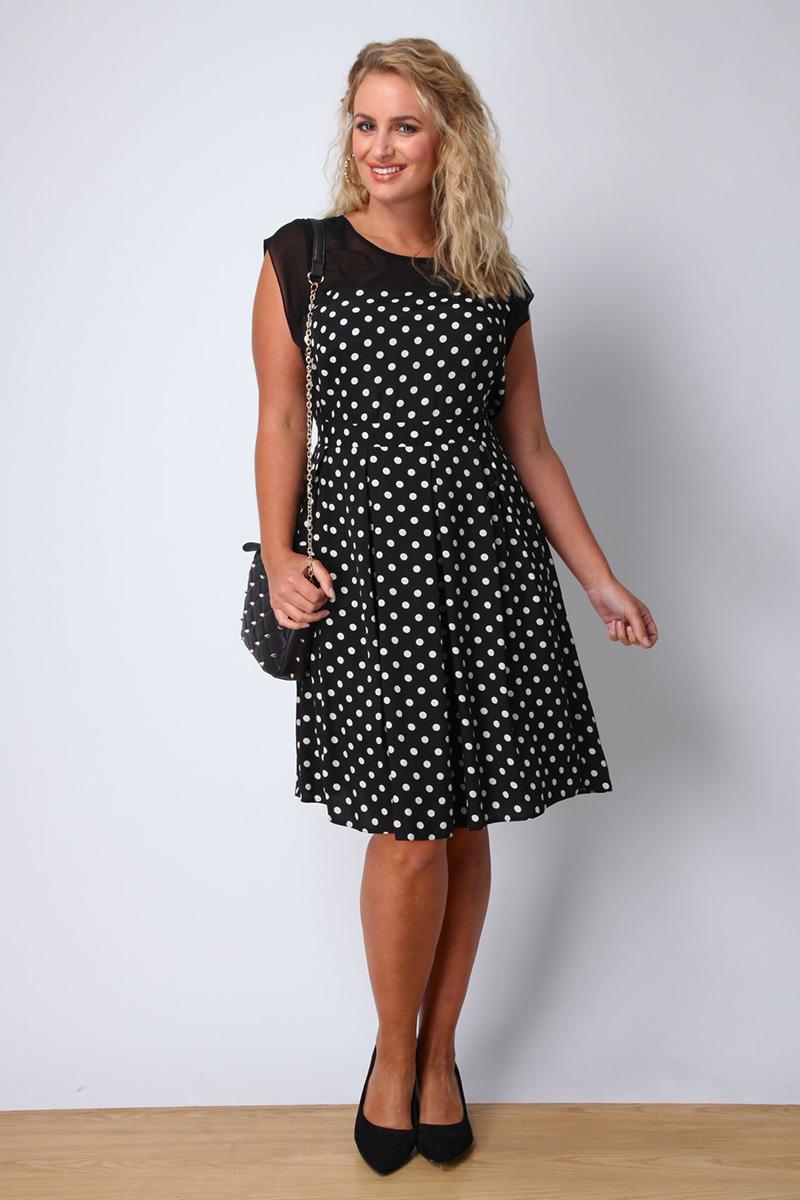 Фото модного платья больших размеров