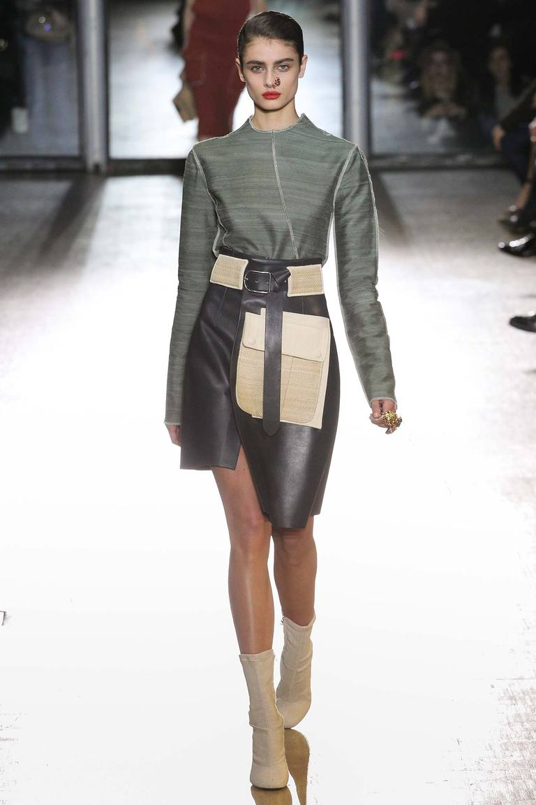 Кожаная черная модная юбка 2016 с запахом – фото новинка от Acne Studios