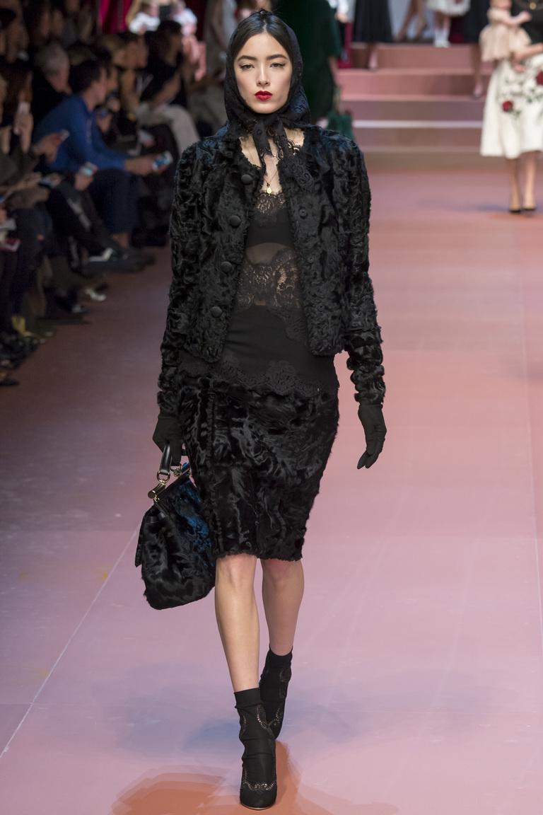 Меховая модная юбка 2016 - фото новинка в коллекции Dolce & Gabbana