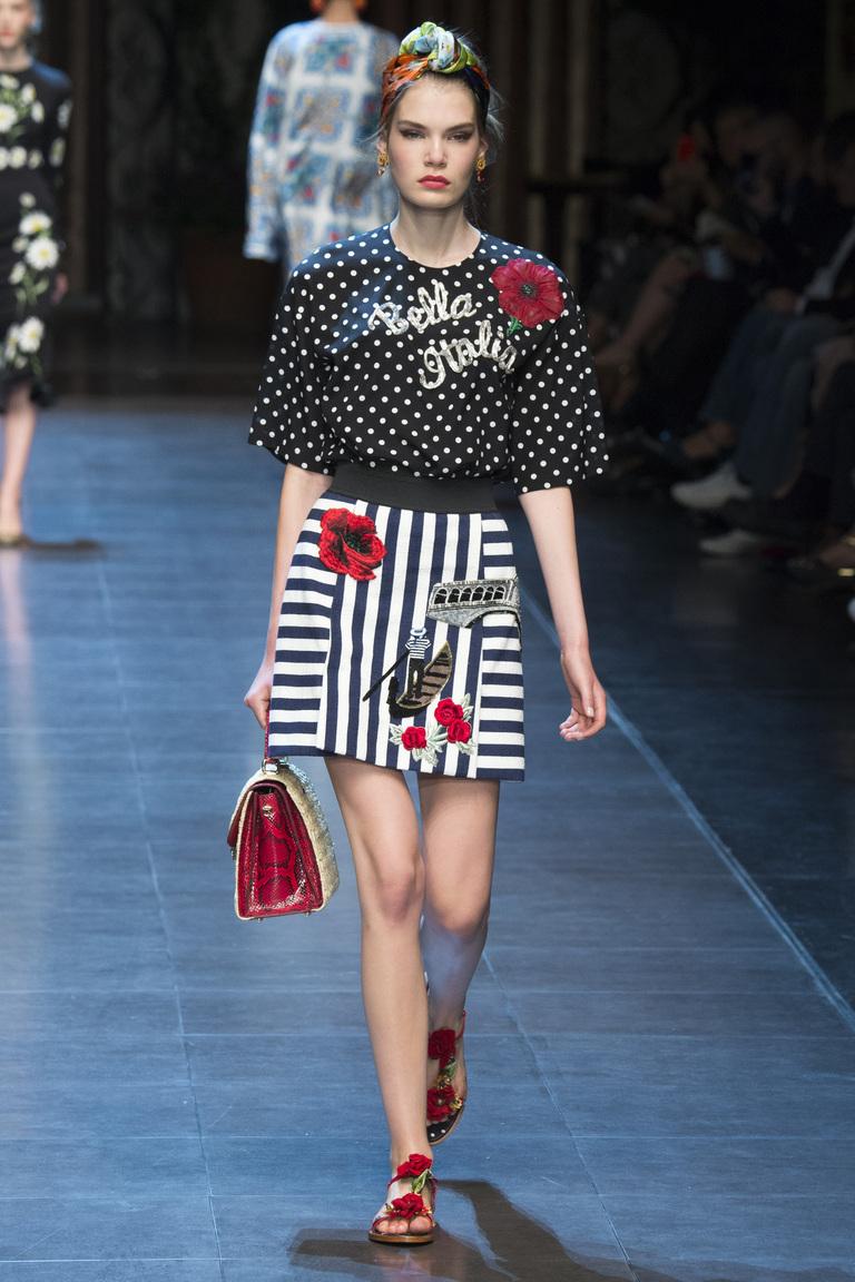 Модная юбка 2016 в полоску – фото коллекции Dolce Gabbana