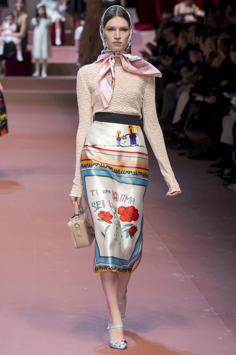 Удлиненная модная юбка 2016 с рисунками от Dolce & Gabbana