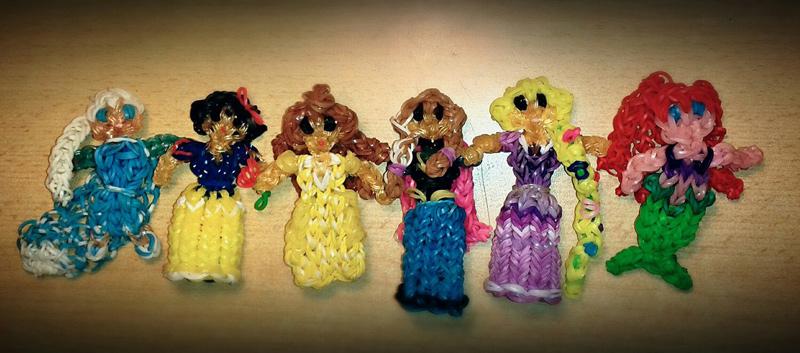 Коллекция кукол из резинок. Автор – Валерия Нежурбеда