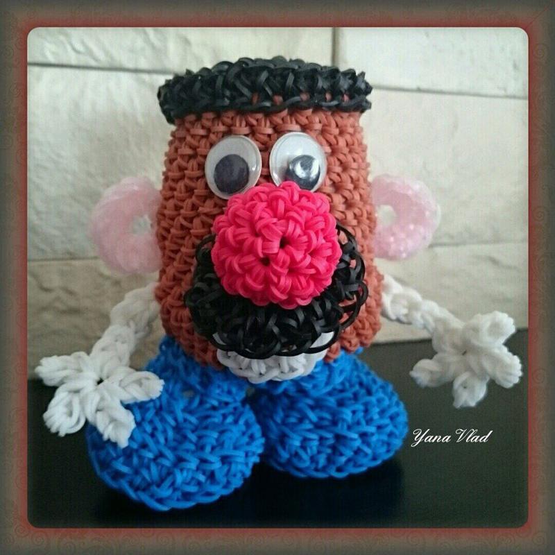 Автор игрушки из резинок – Яна Потапова