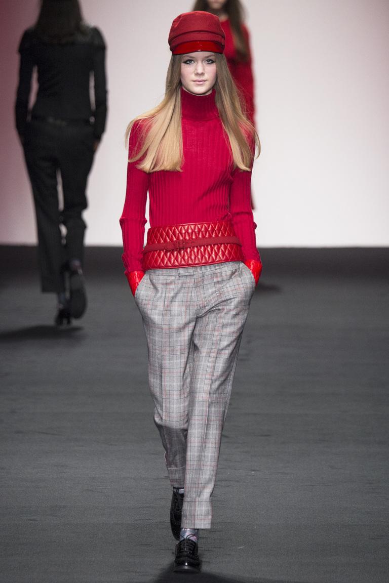 Модный цвет одежды 2016 - фото новинки от Daks