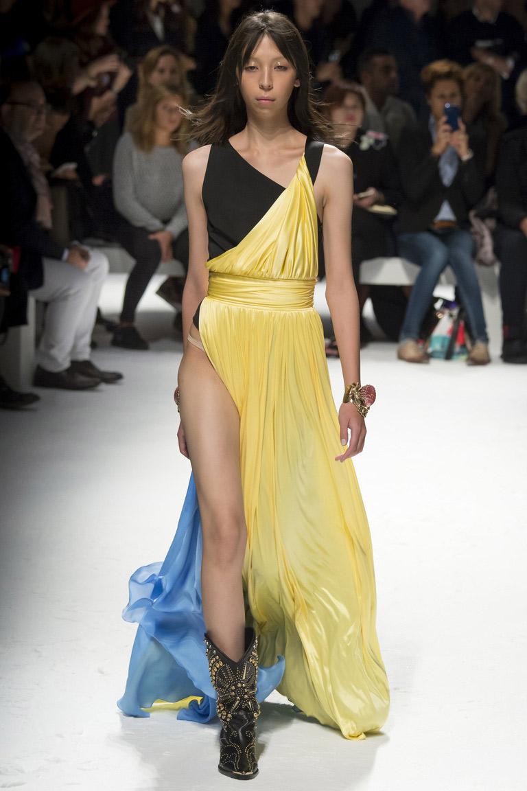 Длинное модное платье 2016 – сочетание модных цветов желтый и голубой – фото коллекции Fausto Puglisi весна-лето 2016