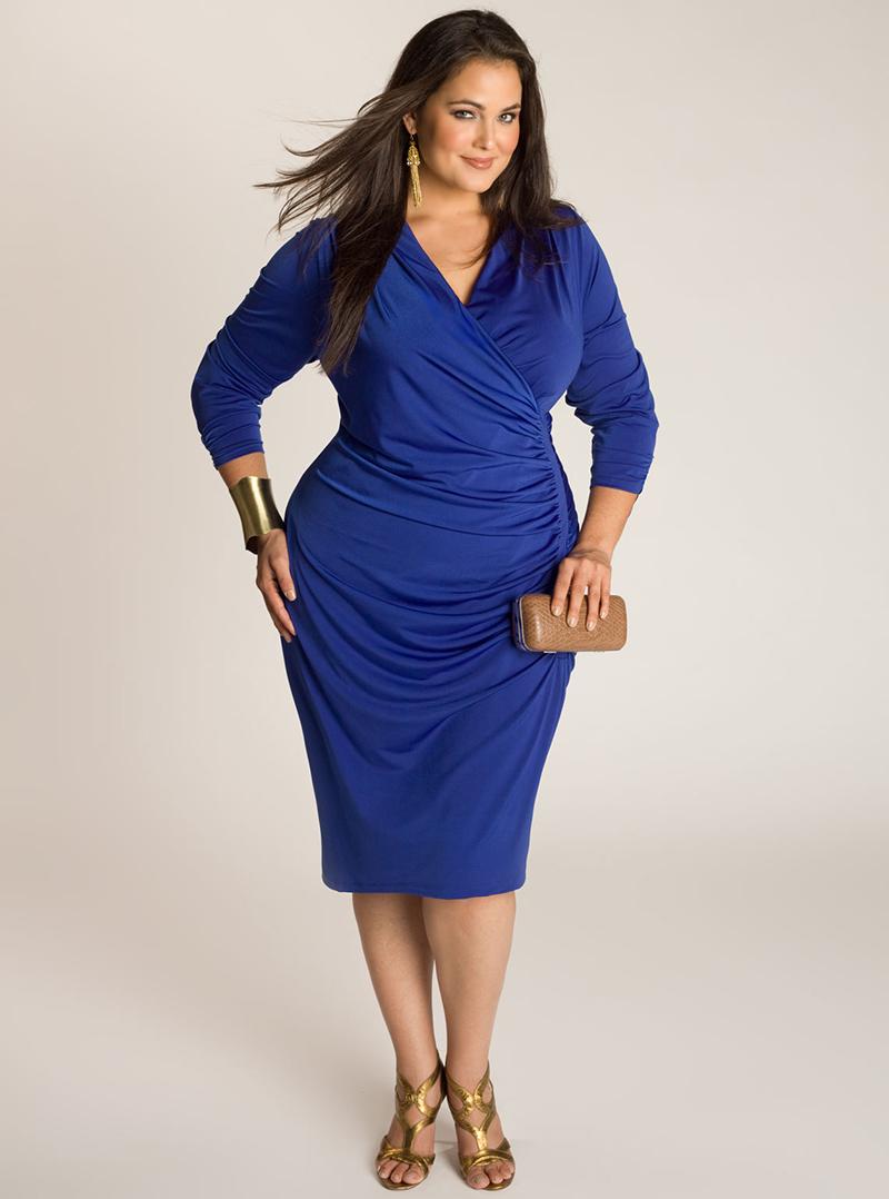 Фото платья футляр для полных женщин с кружевными вставками