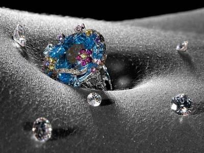 Драгоценный камень бриллиант фото: