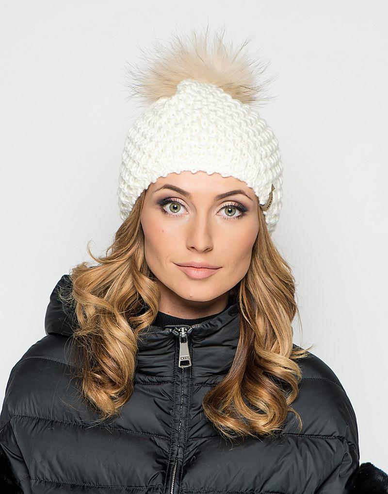 Модная вязаная шапка 2016 с помпоном