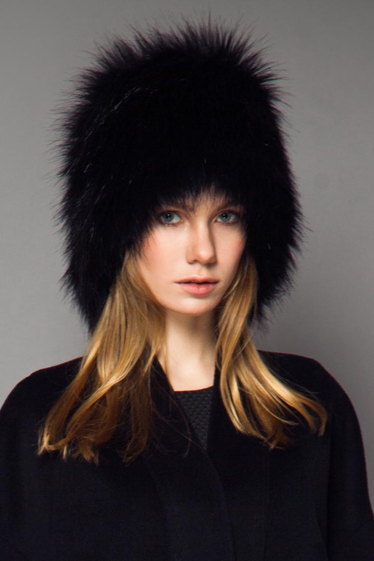 Модная женская меховая шапка зима 2015-2016 - фото новинки шапок в коллекции Biryukov