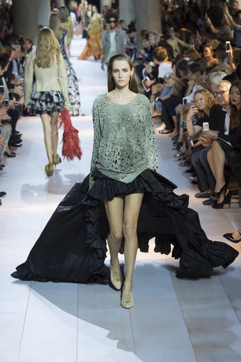 Модная кофта 2016 с пышной длинной юбкой – фото коллекции Roberto Cavalli