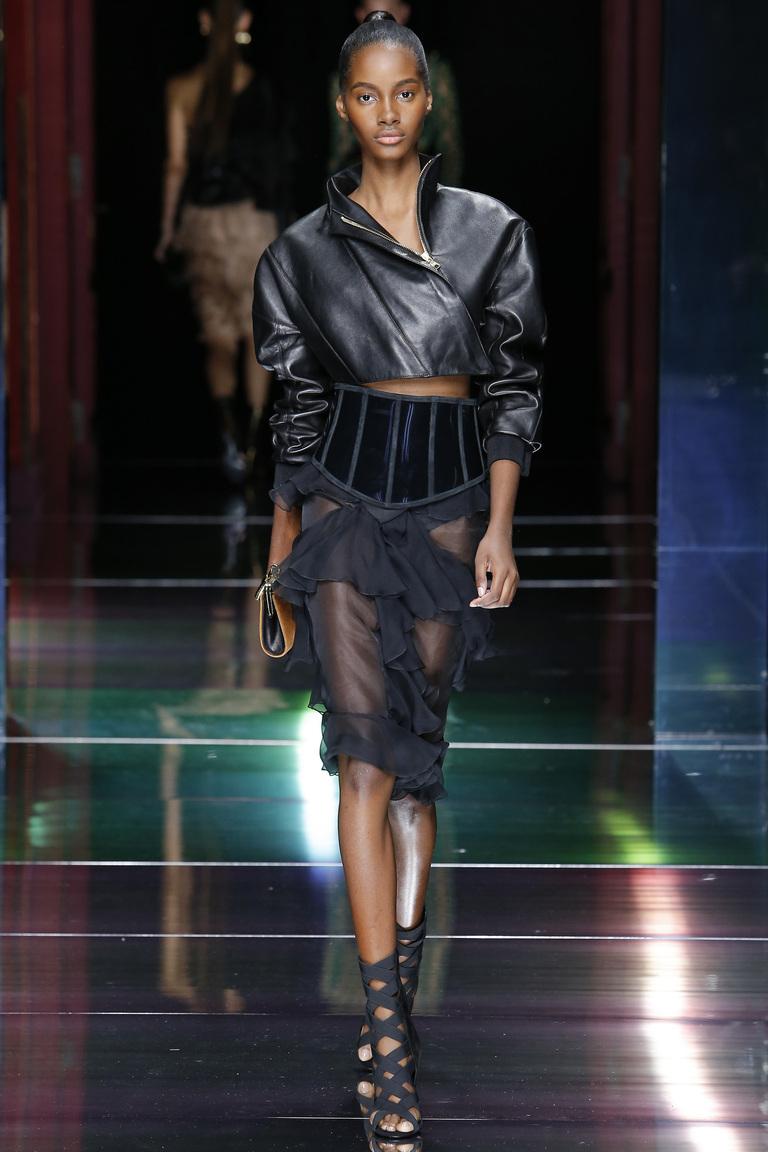 Укороченная модная кожаная куртка 2016 – фото Balmain