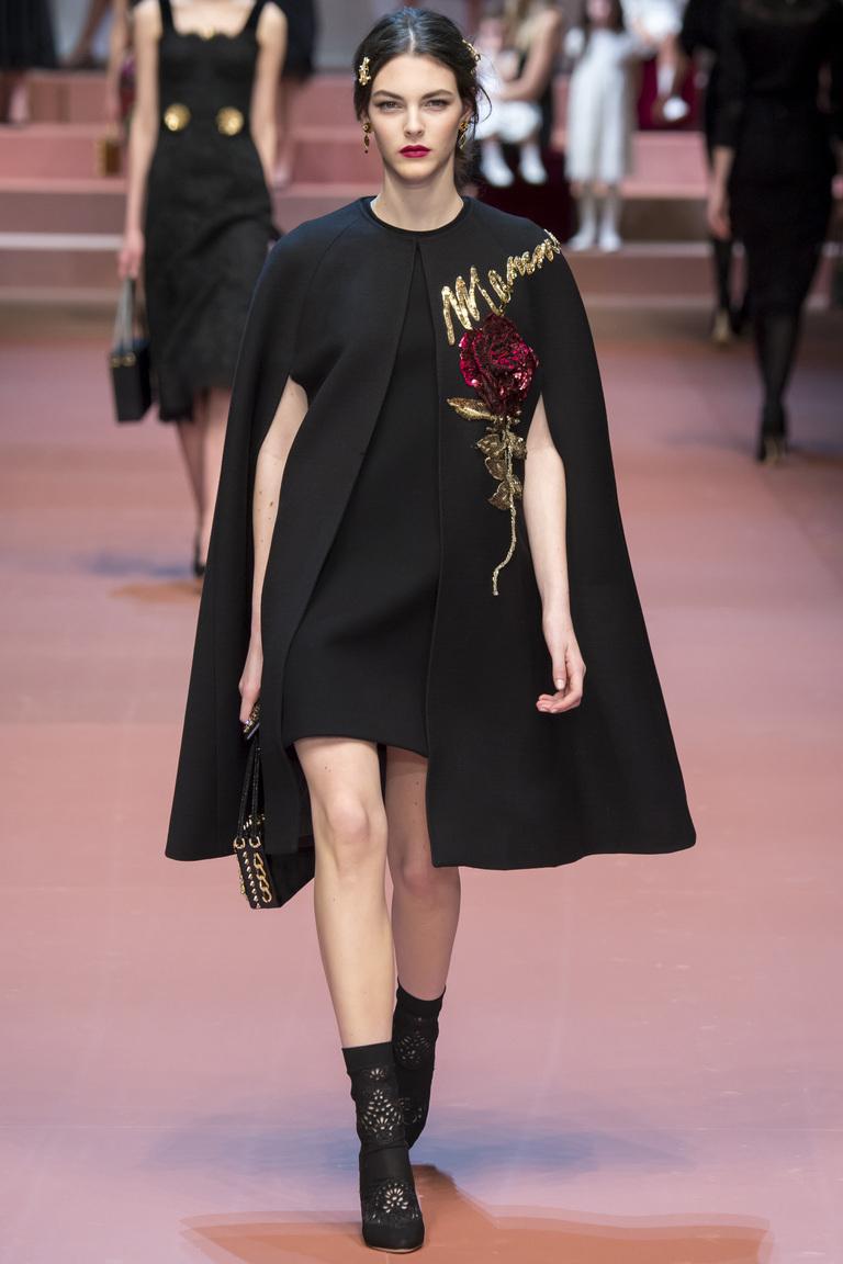 Модное пончо 2016 от Dolce & Gabbana