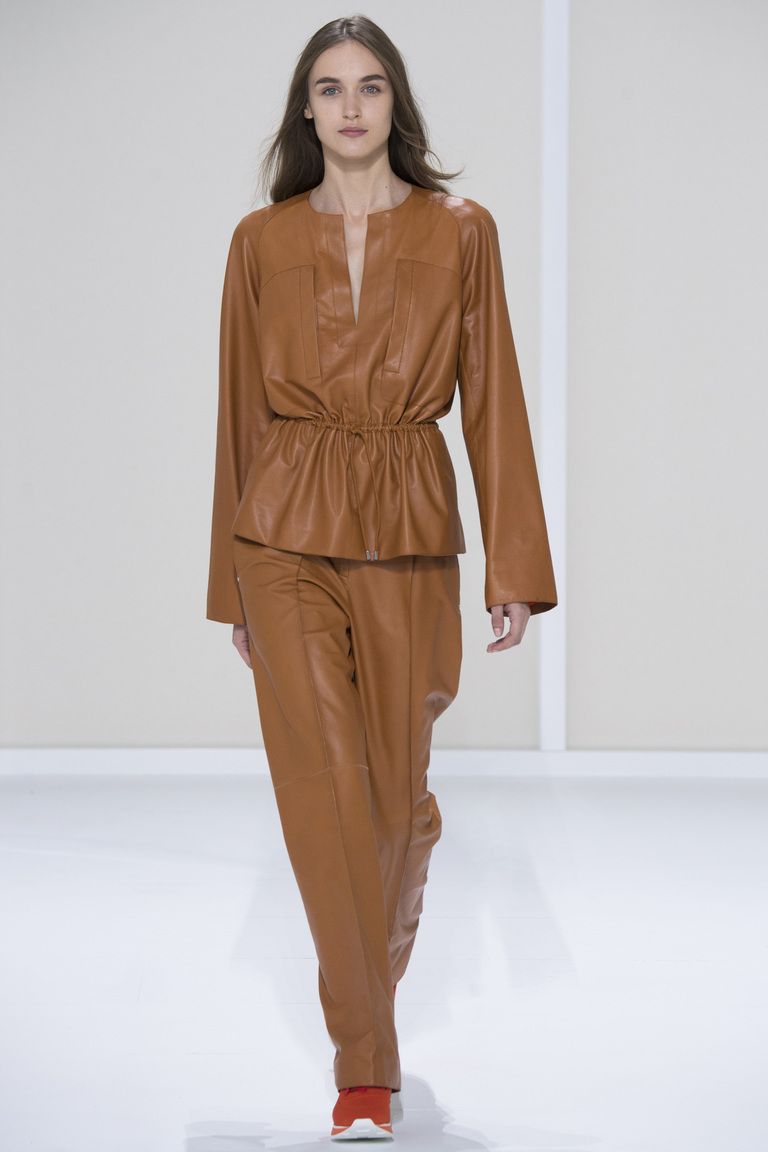 Бежевая кожаная куртка 2016 – фото Hermès