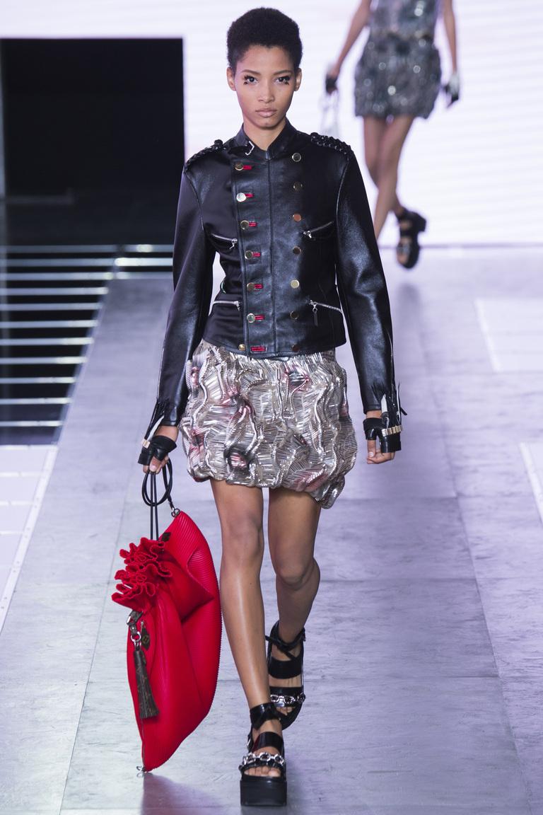 Фото модного декора кожаной куртки 2016 – коллекция Louis Vuitton