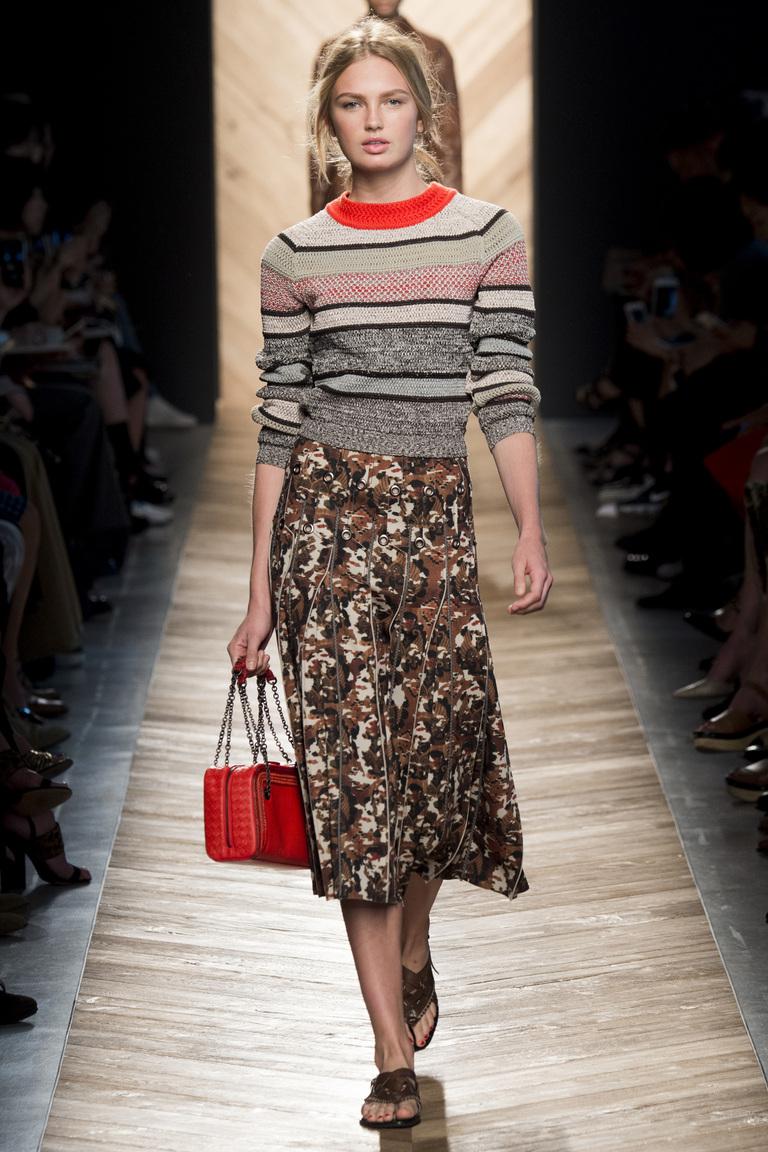 Модный свитер 2016 в полоску – фото новинка от Bottega Veneta
