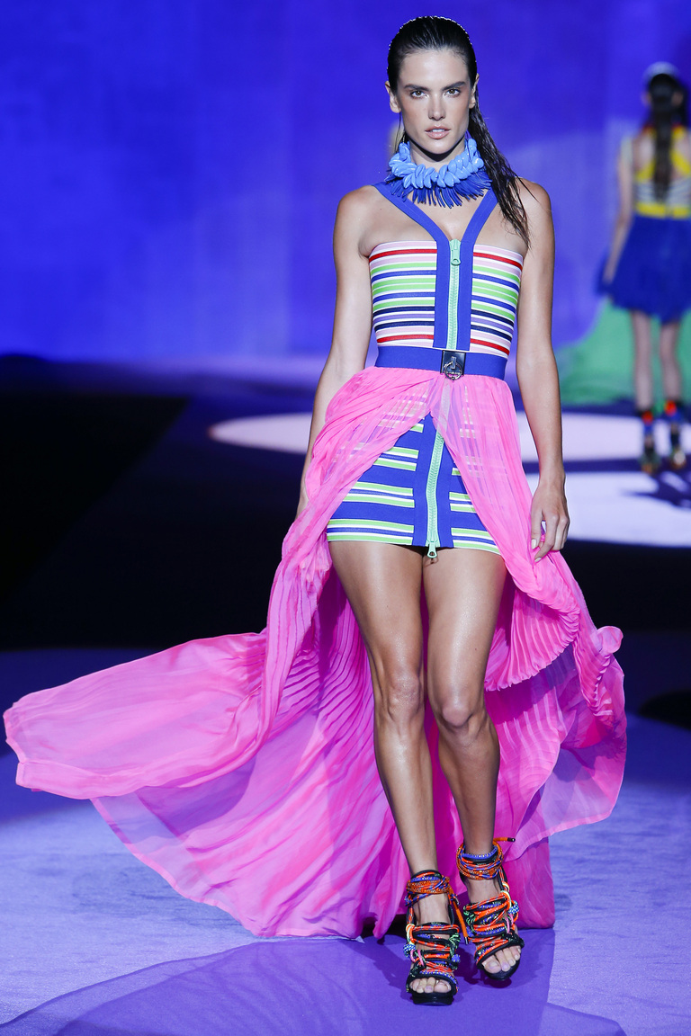 Розовая модная длинная юбка 2016 – фото новинка Dsquared²